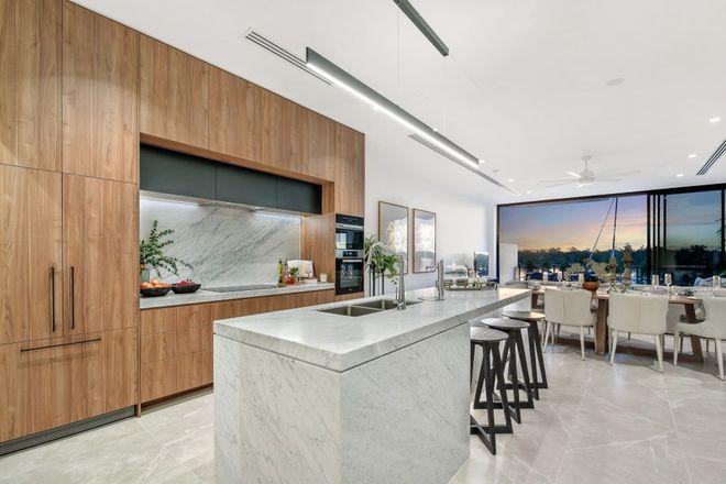 Picture of Villa 6/2 Marina Promenade, PARADISE POINT QLD 4216