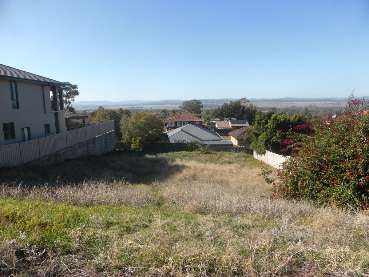 11 Mendos Place, Parkes NSW 2870, Image 0