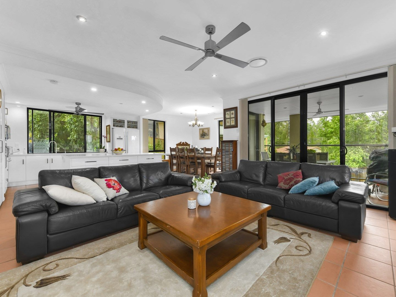 10 Kettleton Close, Bridgeman Downs QLD 4035, Image 2