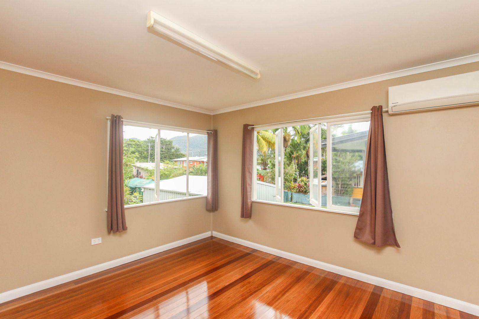 45 Dalton Street, Westcourt QLD 4870, Image 2