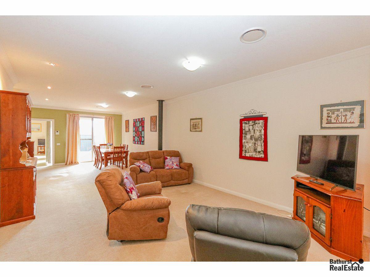 21/48 Rosemont Avenue, Kelso NSW 2795, Image 2