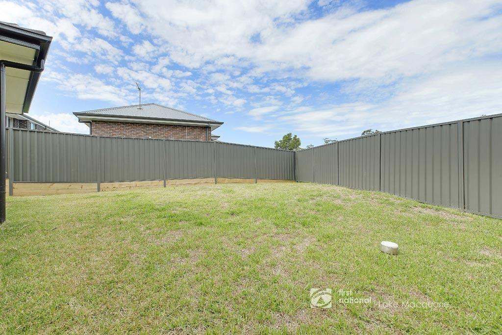 14 Manlius Drive, Cameron Park NSW 2285, Image 2