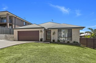 Picture of 132 Shearwater Drive, Lake Heights NSW 2502