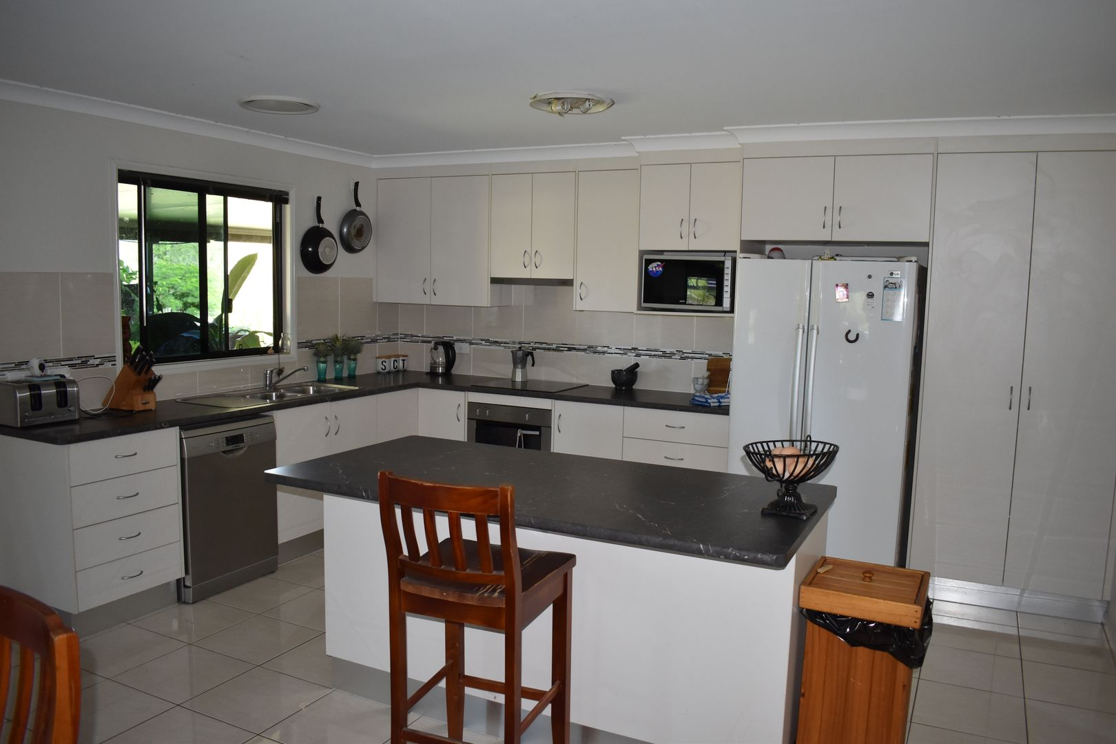 12 Banyula Close, Emerald QLD 4720, Image 2