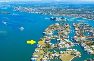 Picture of 26 King Charles Drive, Sovereign Islands QLD 4216