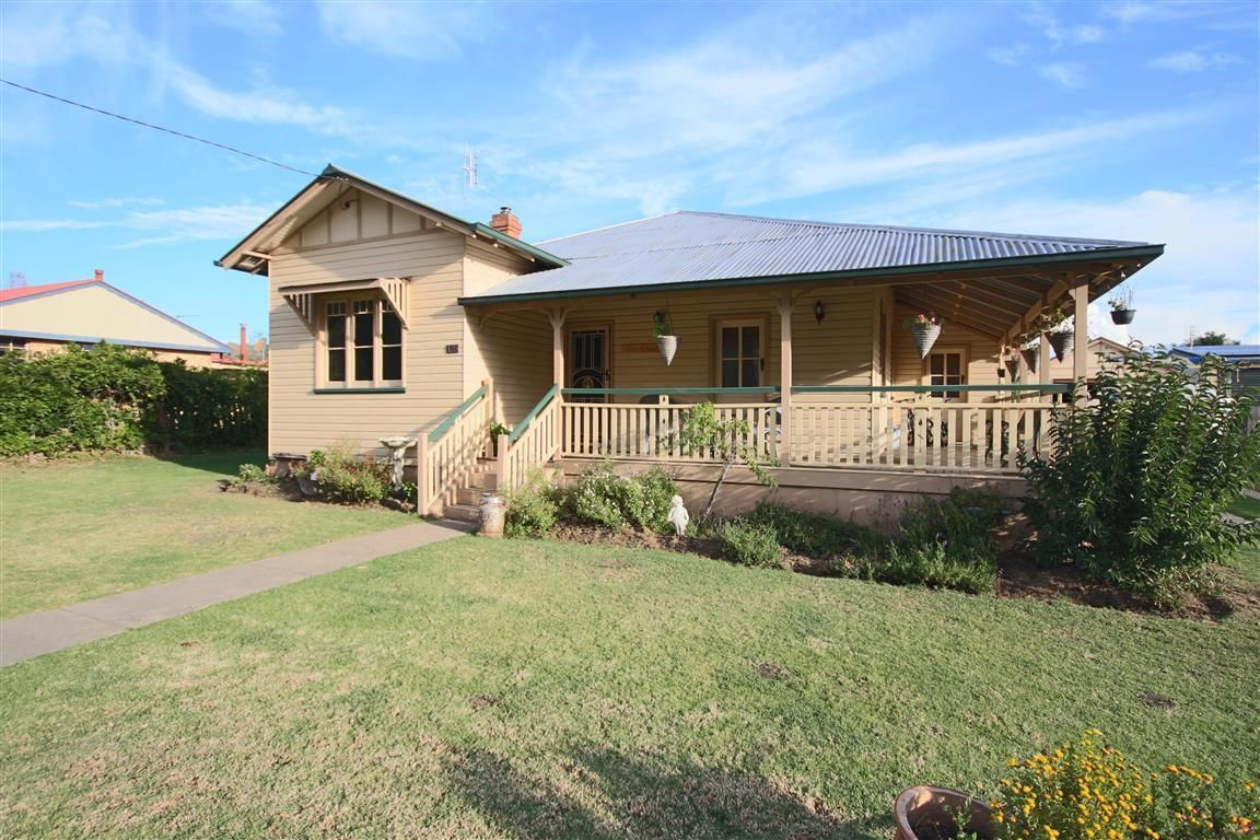 175 High Street, Tenterfield NSW 2372, Image 0