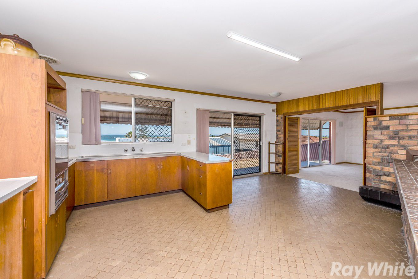 5 Ashton Close, Mount Tarcoola WA 6530, Image 0
