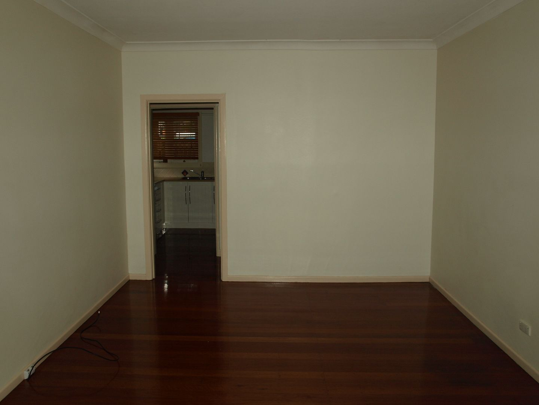 85 Vanity Street, Rockville QLD 4350, Image 2