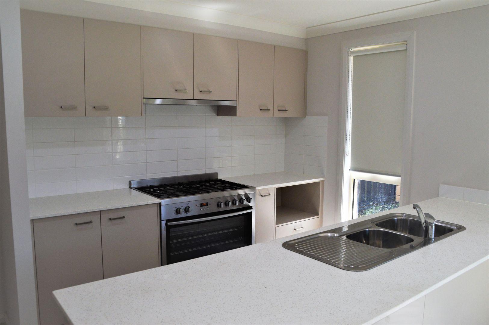 16 Resh Avenue, Riverstone NSW 2765, Image 1