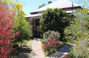 16-18 Willawong Street, Young NSW 2594