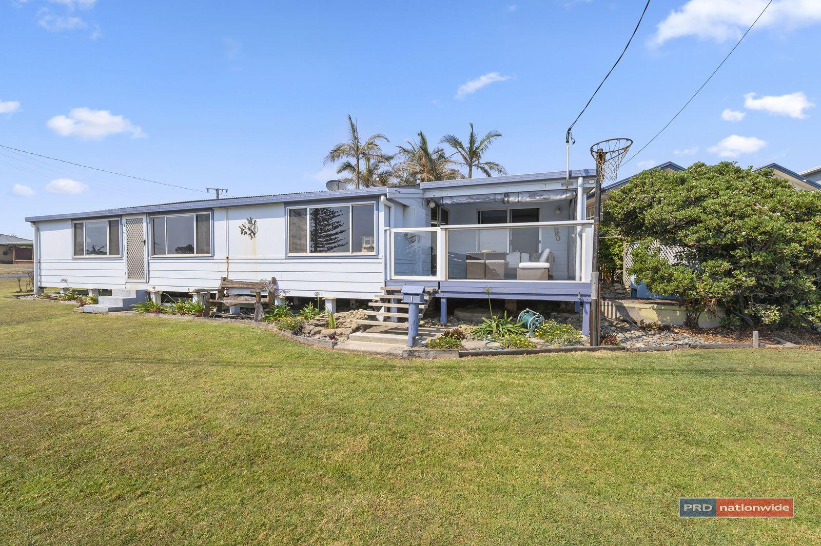 1 First Ave, Arrawarra Headland NSW 2456, Image 2