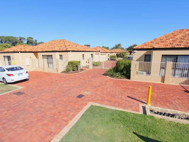 4/8 Toledo Close, Cannington WA 6107, Image 2