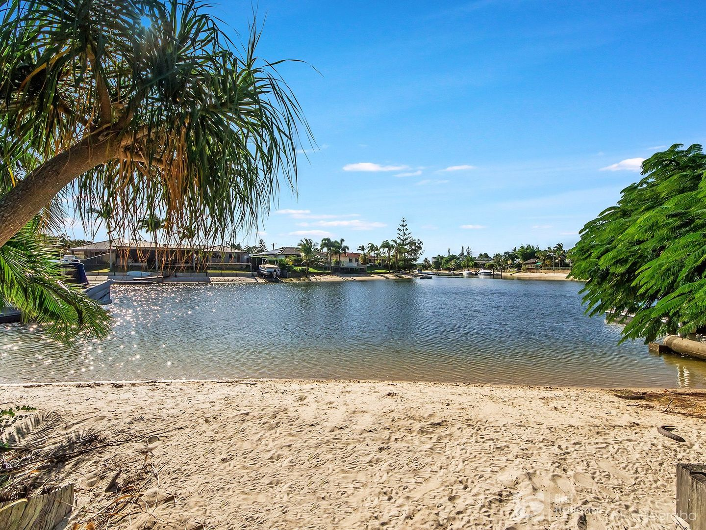 170 Sunshine Boulevard, Mermaid Waters QLD 4218, Image 0