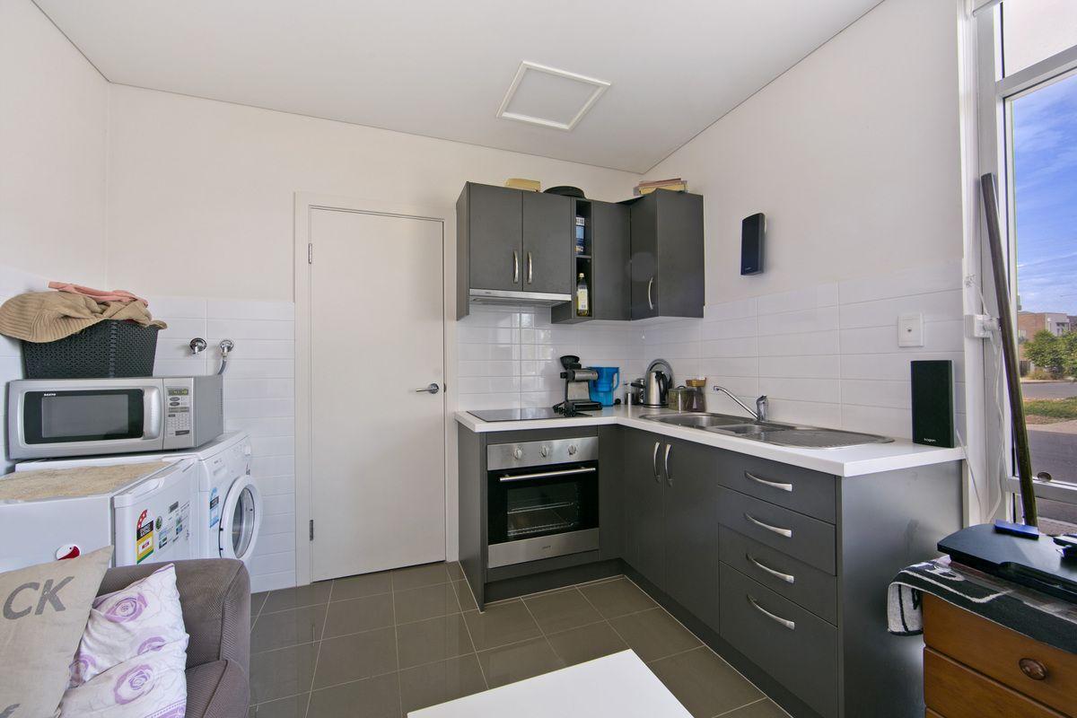 7a/32-36 Riverside  Street, Mawson Lakes SA 5095, Image 2