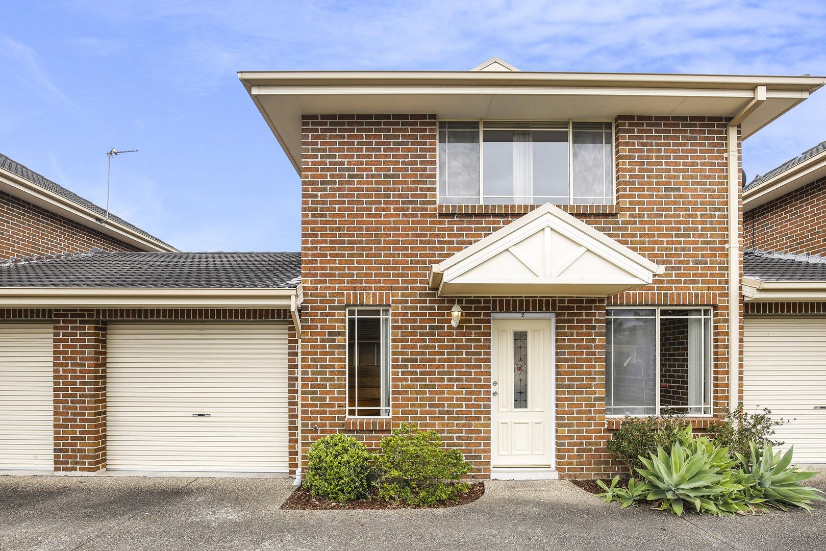 2/10 Platypus Close, Figtree NSW 2525, Image 0