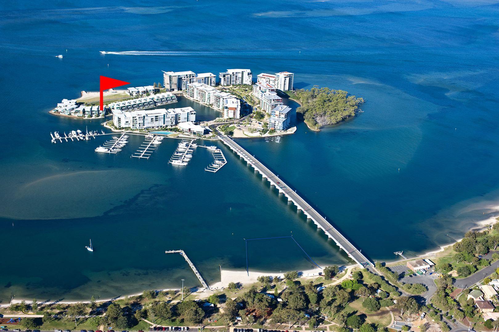 10101/2 Ephraim Island Parade, Paradise Point QLD 4216, Image 0