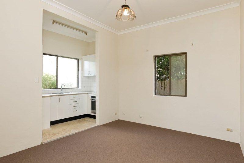 2/31 Arcadia Street, Coogee NSW 2034, Image 1