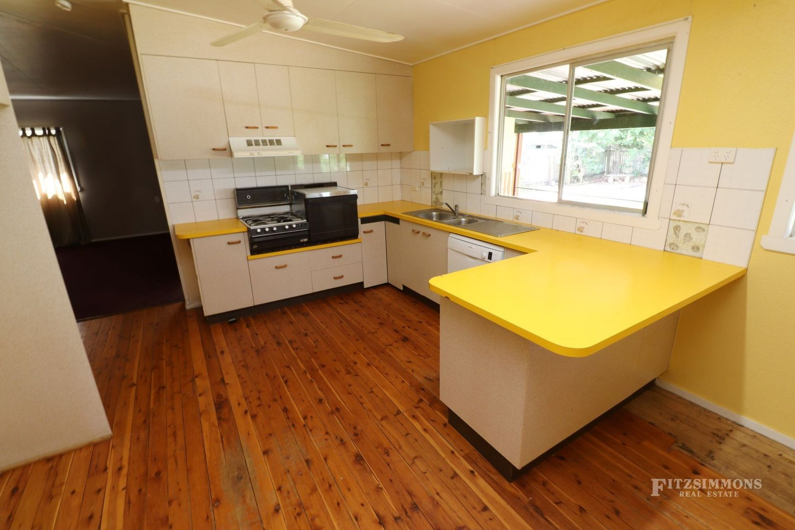 135 Pratten Street, Dalby QLD 4405, Image 2