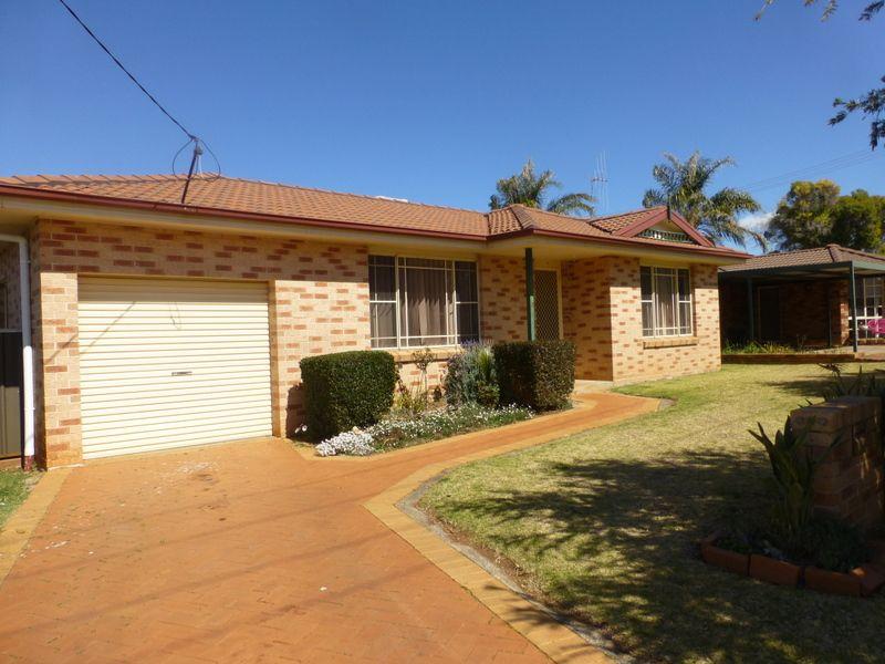 3 Guillan Place, Parkes NSW 2870, Image 0