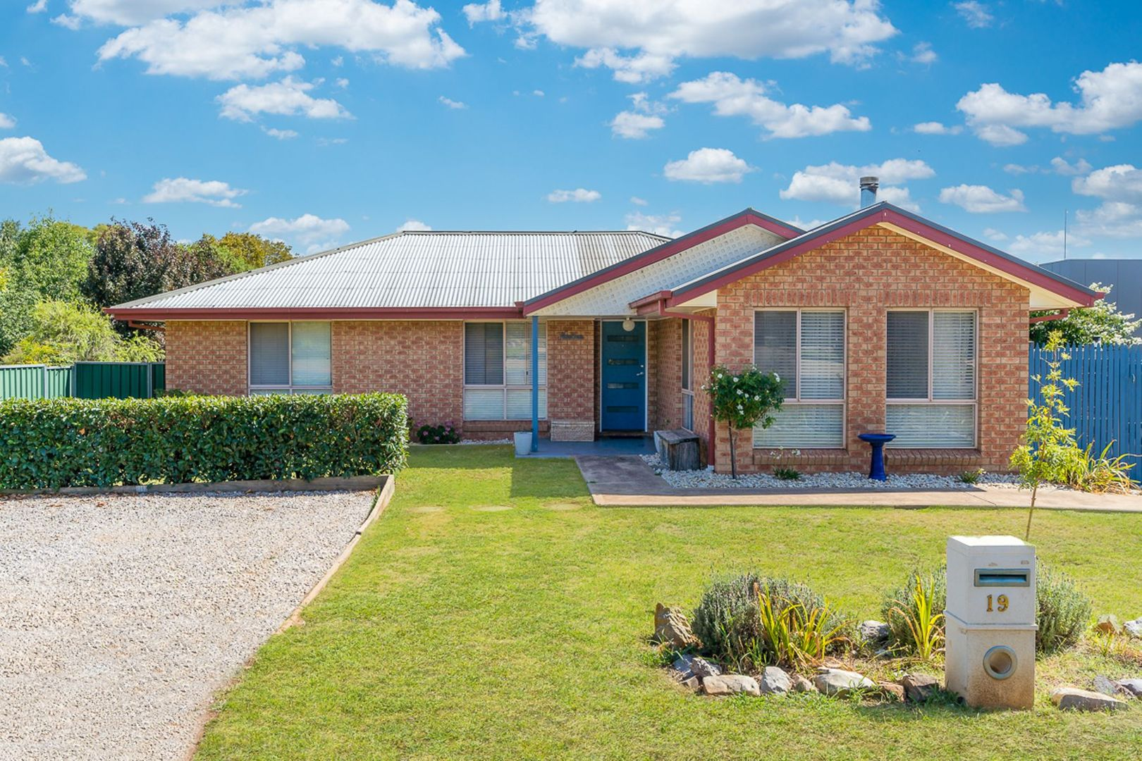 19 Castle Street, Molong NSW 2866, Image 0
