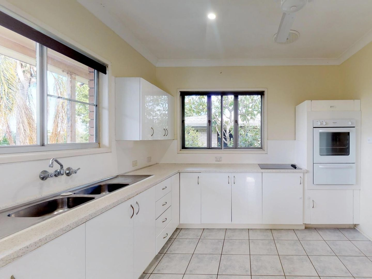 7 Mccamley Street, The Range QLD 4700, Image 1
