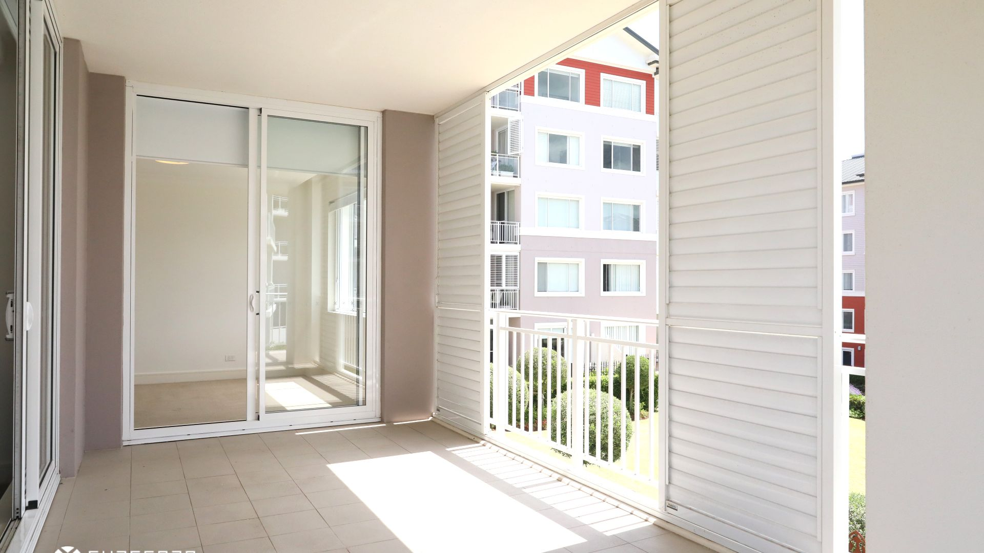 209/3 PALM AVENUE, Breakfast Point NSW 2137, Image 2