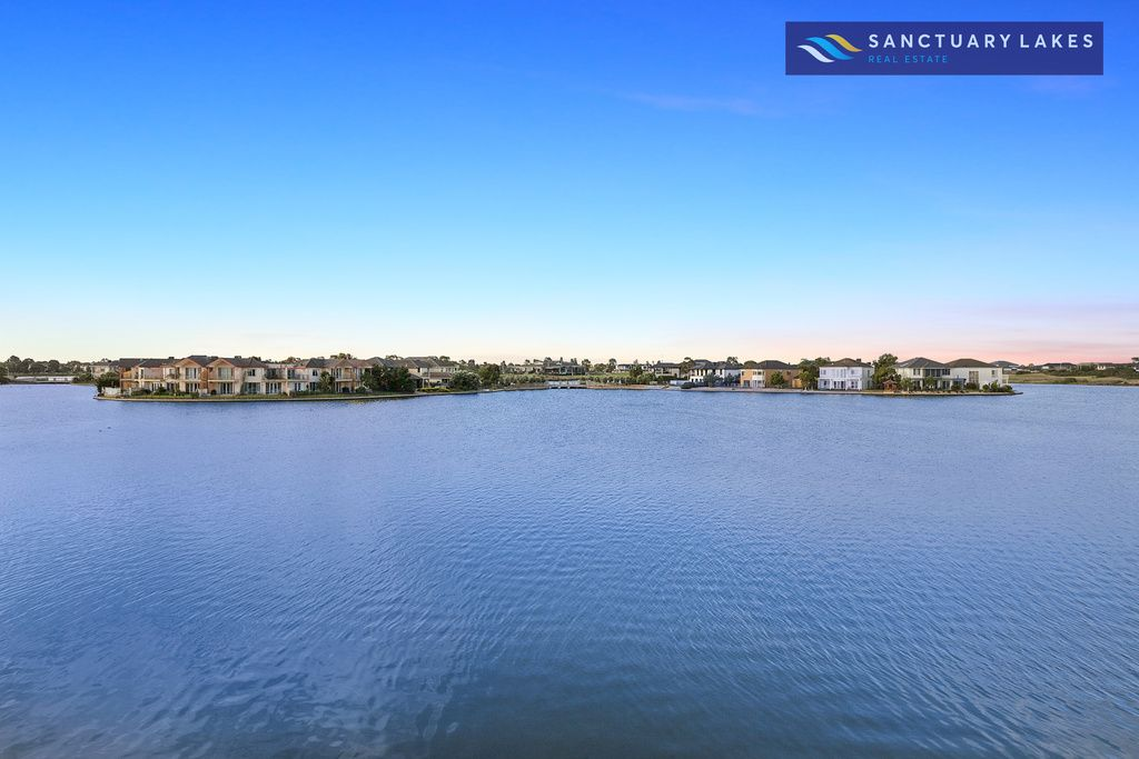 5 Heron Way, Sanctuary Lakes VIC 3030, Image 1