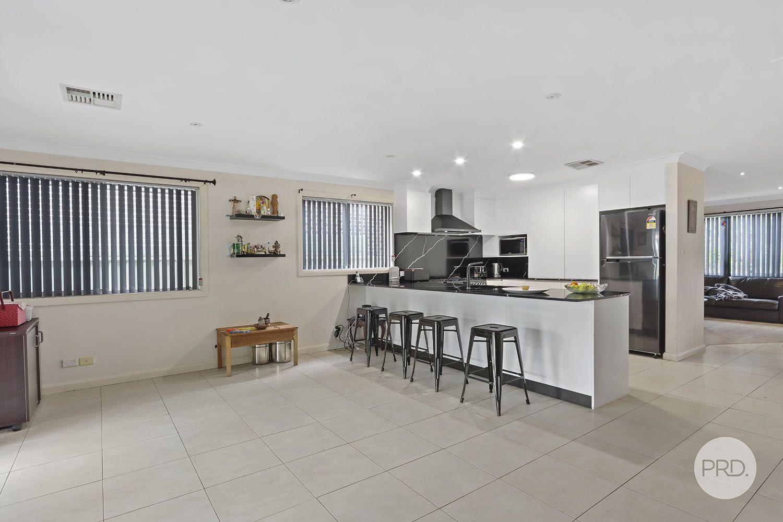 92 Telopea Avenue, Caringbah South NSW 2229, Image 2