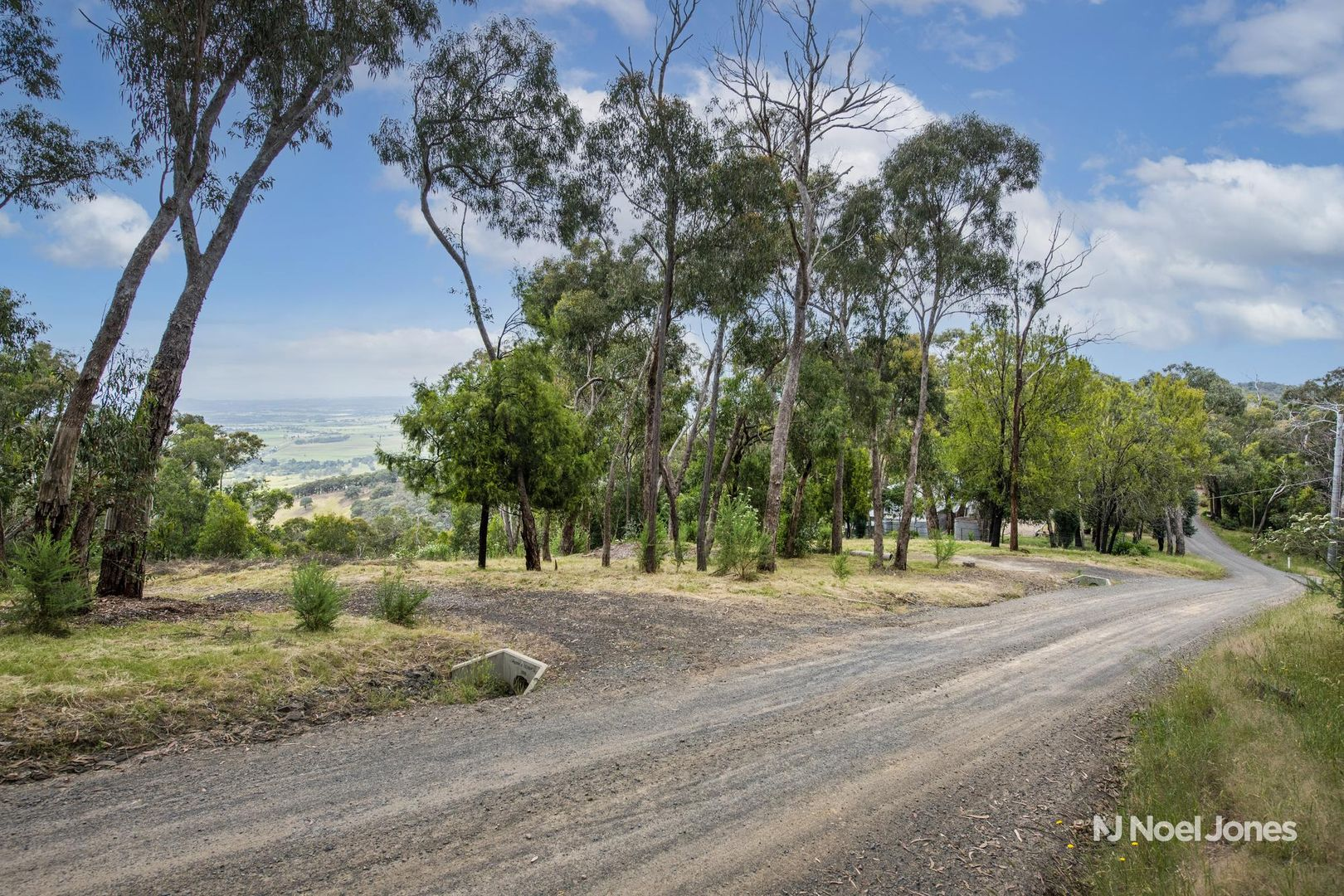 972 Skyline Road, Yarra Glen VIC 3775, Image 2