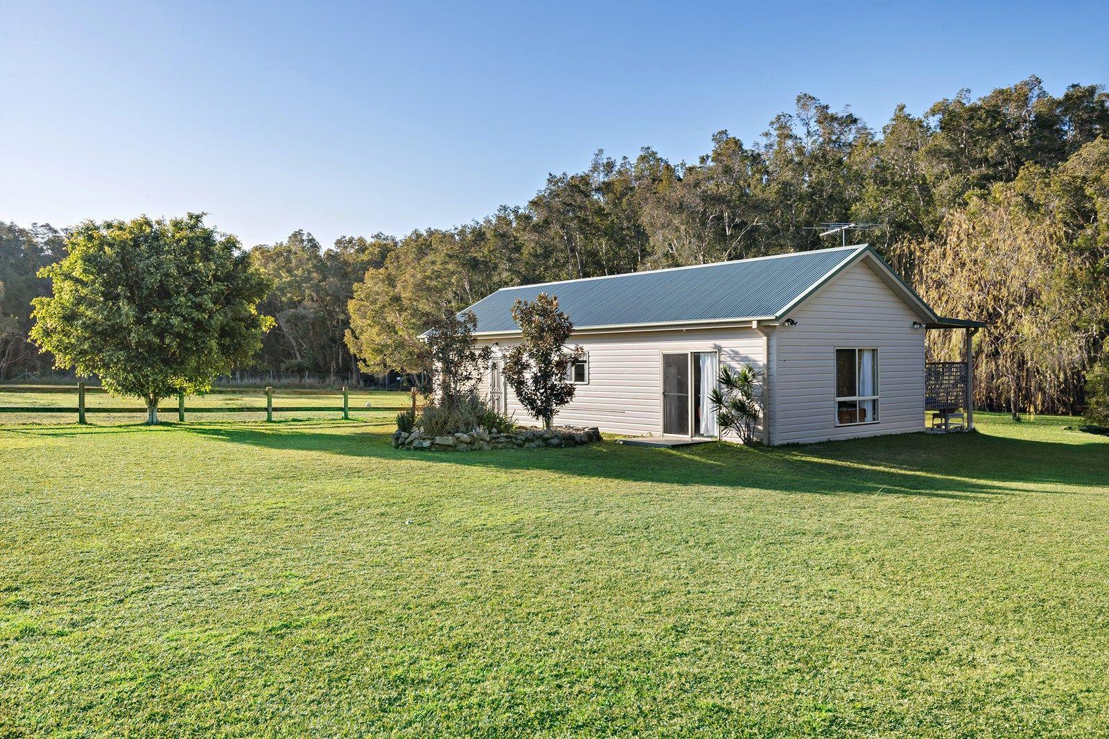 53 Elizabeth Bay Drive, Lake Munmorah NSW 2259, Image 2