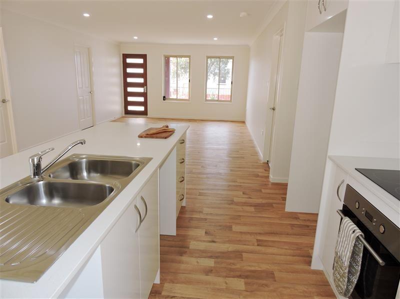 29 Stewart Ave, Warwick QLD 4370, Image 2
