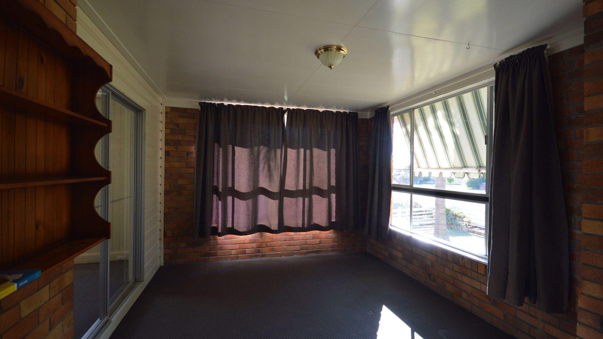 11 Miller Street, Warwick QLD 4370, Image 2