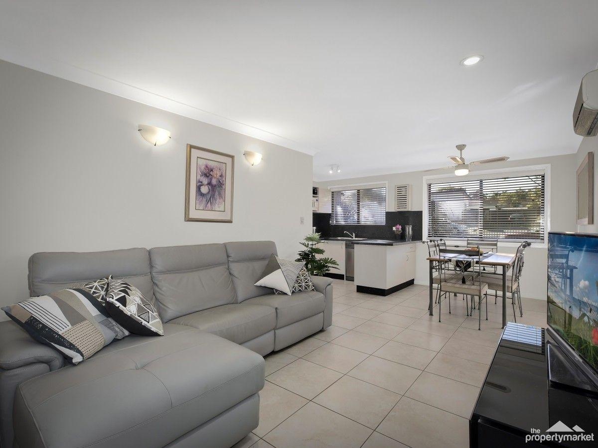 52 Kawana Avenue, Blue Haven NSW 2262, Image 2