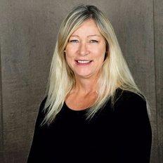 Coral Howe, Sales representative
