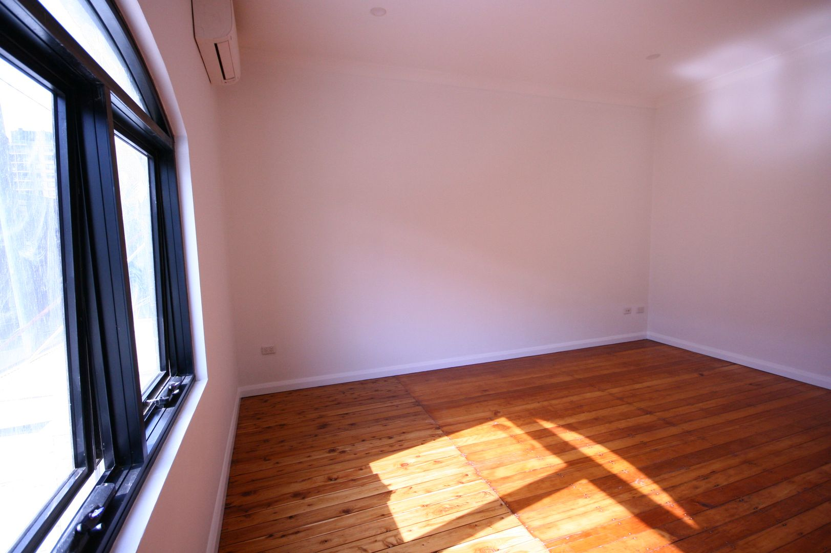 1/324 Crown Street, Surry Hills NSW 2010, Image 1