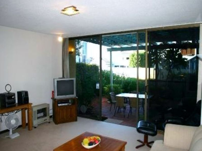 8/12 Mill Point Road, South Perth WA 6151, Image 2