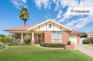 Picture of 1/1 Gidgee Place, Glenfield Park NSW 2650