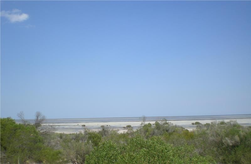 128 The Esplanade, Thompson Beach SA 5501, Image 1