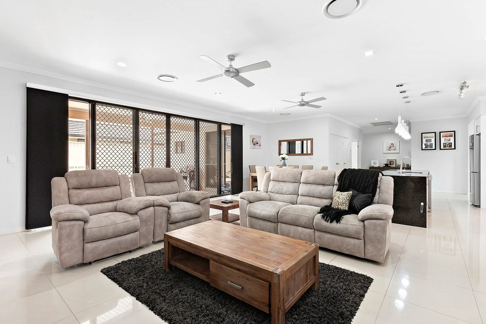 28 Heatherdale Drive, Upper Coomera QLD 4209, Image 2
