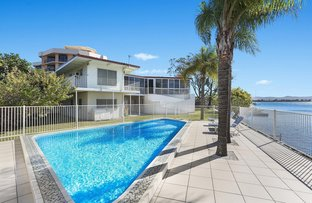 Picture of 2 Paradise Parade, Paradise Point QLD 4216