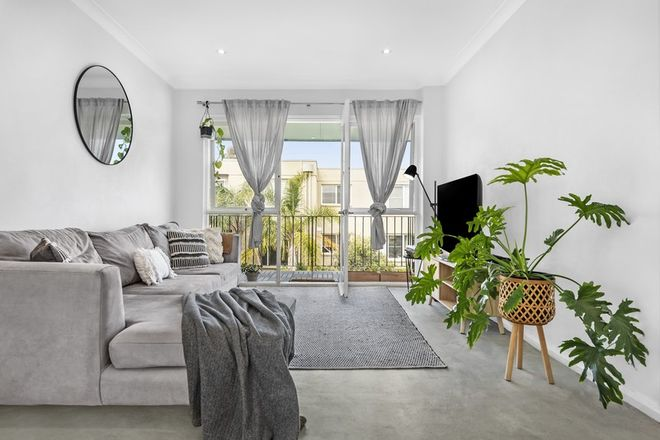 Picture of 5/68 Howard  Avenue, DEE WHY NSW 2099