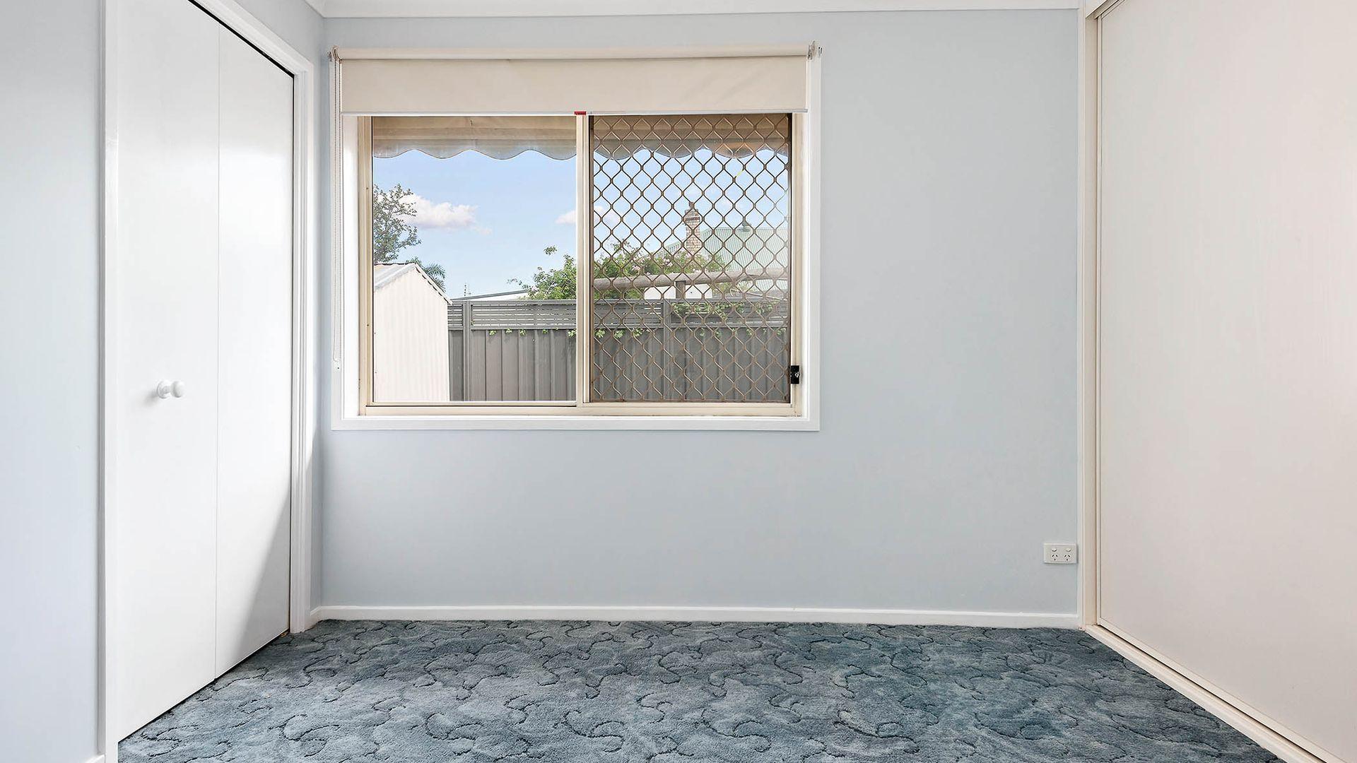 2/318 Lang Street, Kurri Kurri NSW 2327, Image 2