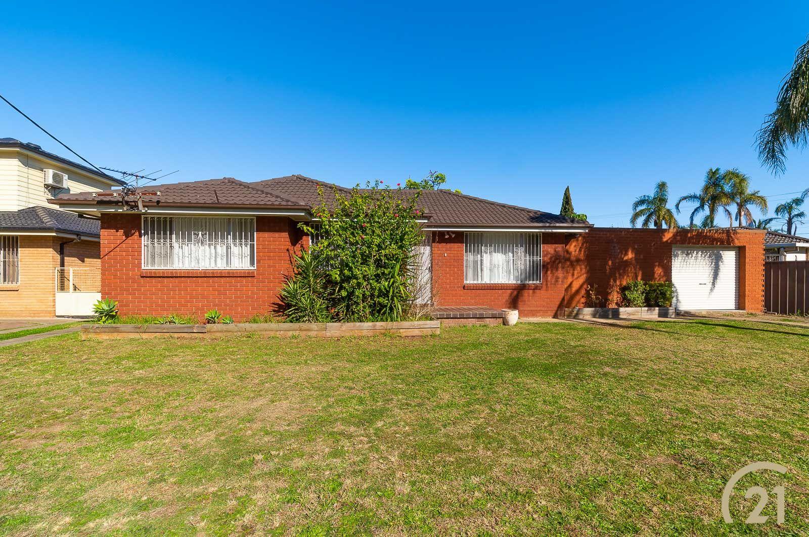 1 Avonlea Street, Canley Heights NSW 2166, Image 0
