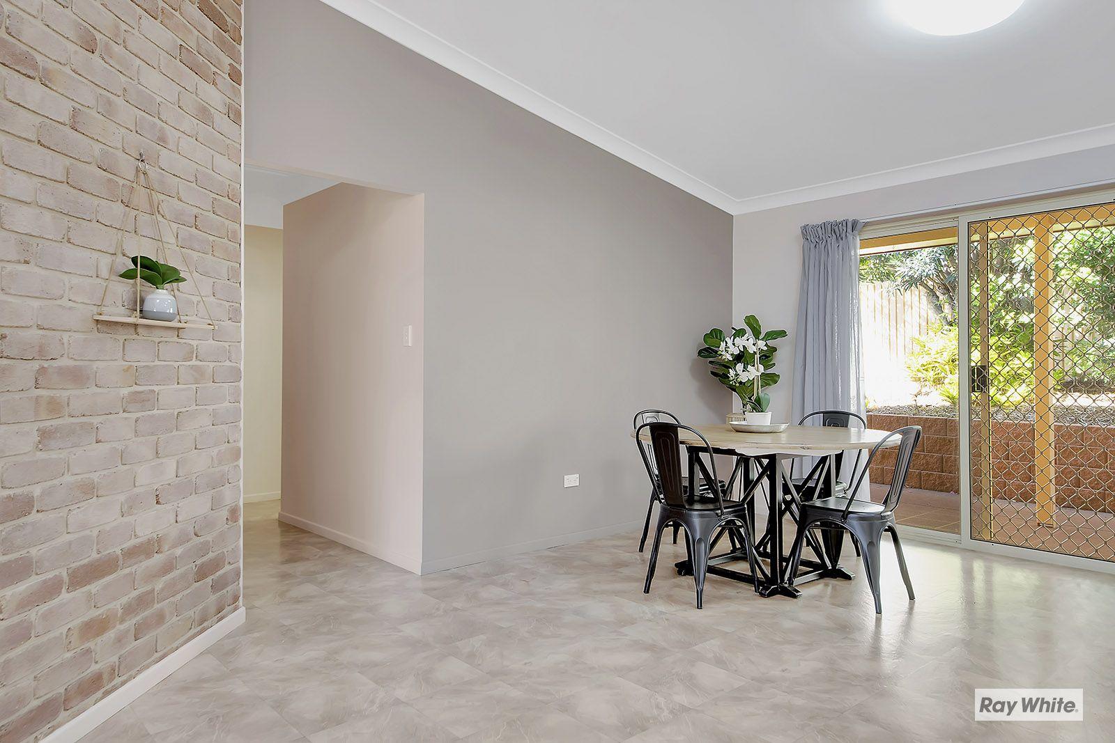 4 Sandalwood Drive, Lammermoor QLD 4703, Image 2