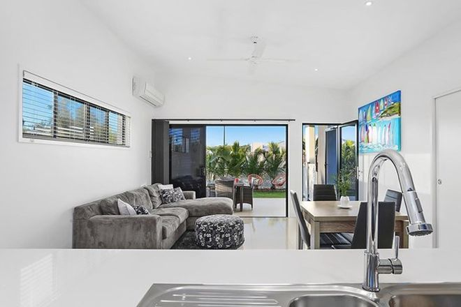 Picture of 17 Sunshine Crescent, CALOUNDRA WEST QLD 4551