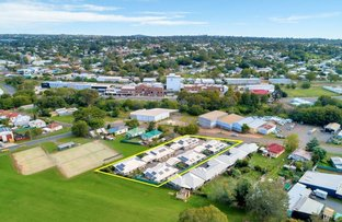 Picture of 8-10 Link Street, North Toowoomba QLD 4350