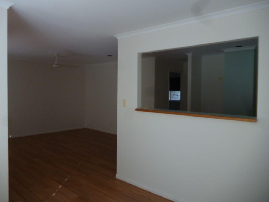 3/174 Cypress Street, Urangan QLD 4655, Image 1