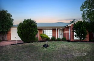 Picture of 42 Jindabyne Avenue, Taylors Hill VIC 3037