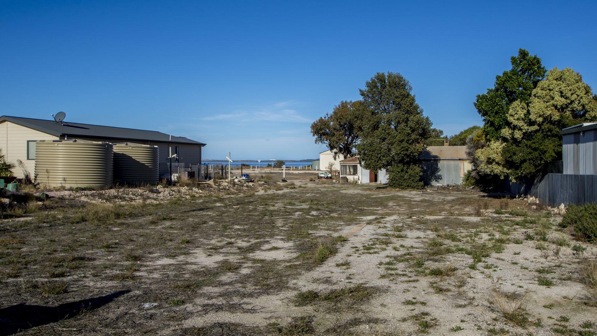26 Main Street, Port Kenny SA 5671, Image 1