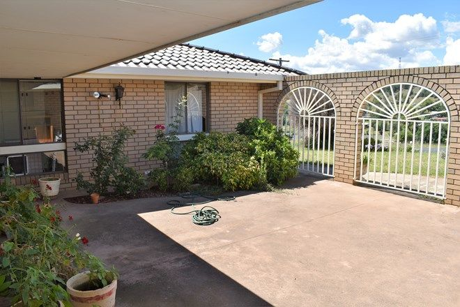 Picture of 13 Winton St, CANOWINDRA NSW 2804